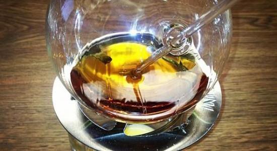 Critiche per il Vaportini, il nuovo sistema per inalare l'alcol e ubriacarsi prima