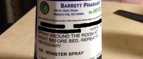 """Farmacista prescrive """"spray contro i mostri"""" per i bambini che hanno paura a dormire da soli"""