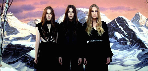 "CALVIN HARRIS INSIEME ALLE HAIM PER ""PRAY TO GOD"""